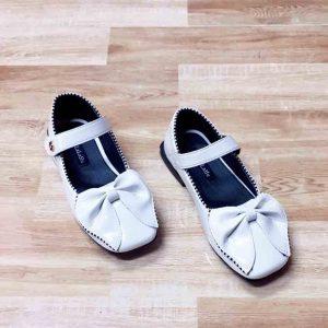 Giày búp bê trắng cho bé
