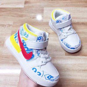giày thể thao bé trai